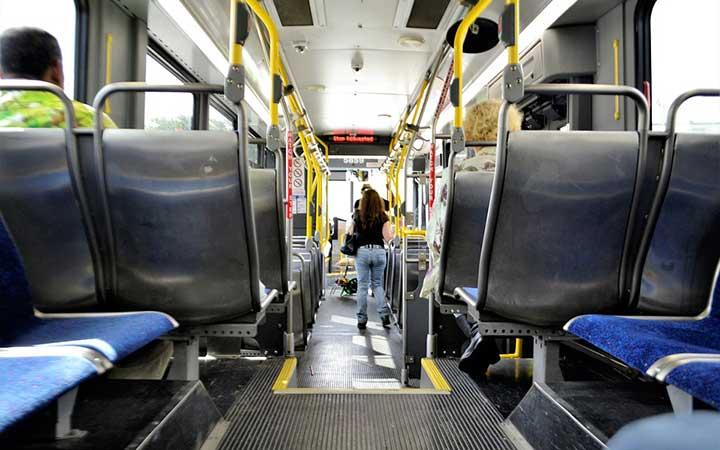 Interior de ônibus