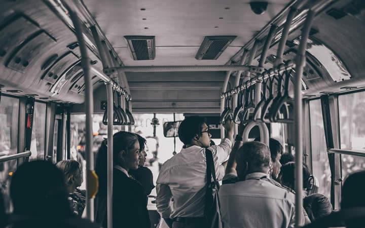 Passageiros em ônibus - Direitos e deveres do passageiro no ônibus