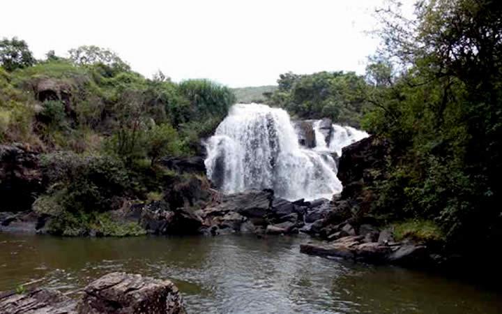 Cachoeira Véu das Noivas MG