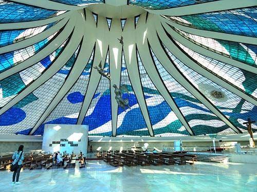 Interior da Catedral de Brasília DF