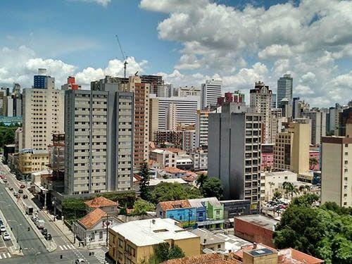 Prédios em Curitiba PR